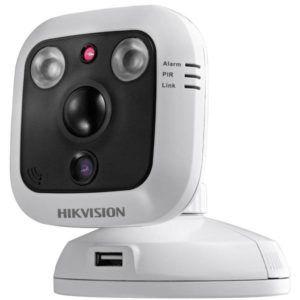 Hikvision DS-2CD8464F-EI (4 мм) IP камера