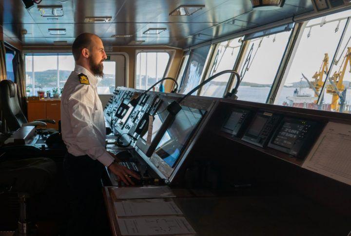 Як технології допомагають капітану корабля…